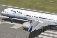 Screenshot of United Airlines Boeing 757 on runway.