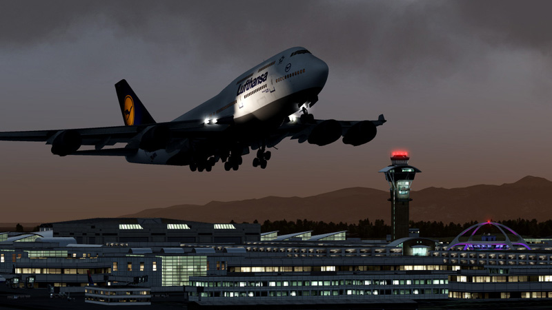 747 heavy our of international airport/