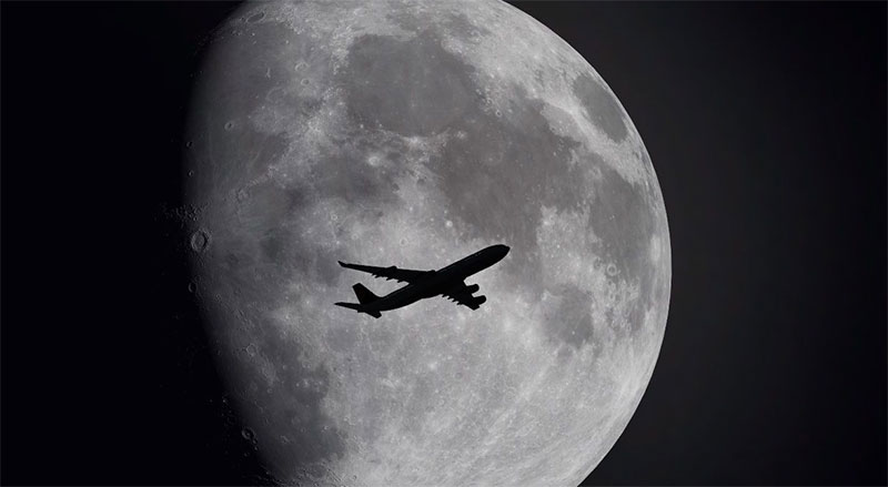 HD moon textures being used in FSX.