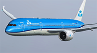 KLM 787 in flight