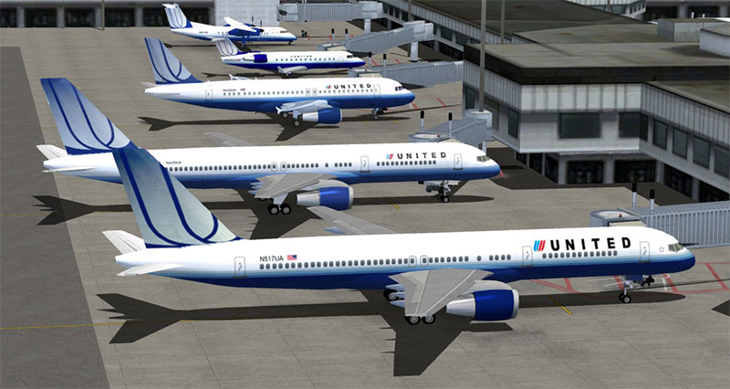 United Airlines aircraft at gates using Traffic 360 in FSX.