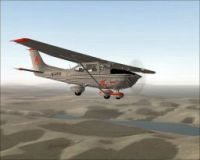 Cessna 182S Skyhawk in flight.