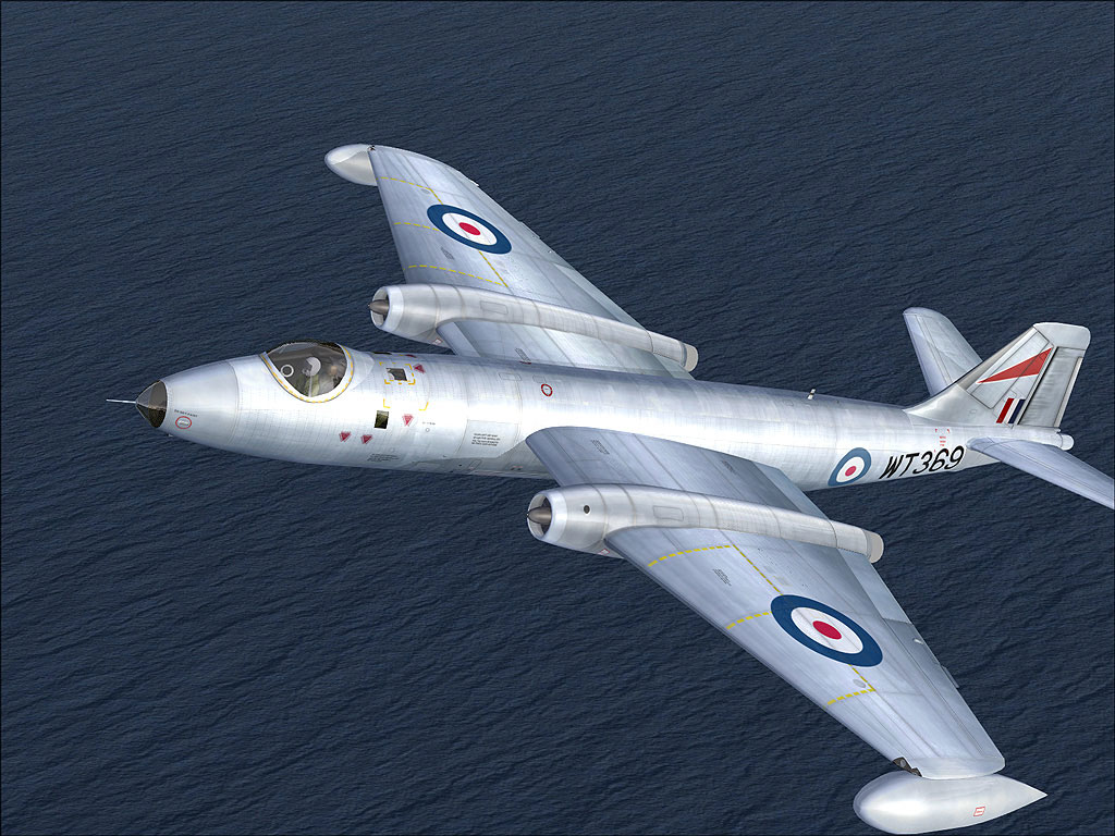 ee Canberra 369 in Flight
