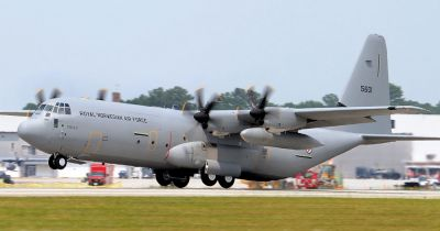 Photograph of RNoAF Lockheed C-130J taking off.
