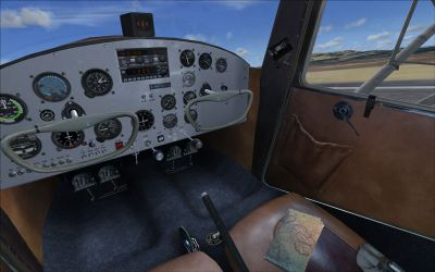 Cockpit of of SimFlight3D 1947 C-140.