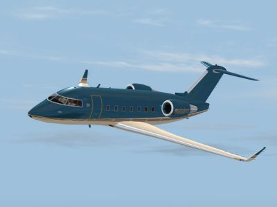 Bombardier Challenger 604 in flight.