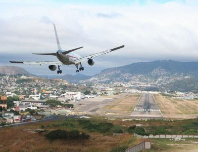 The Most Dangerous Airports: Toncontin Mission.