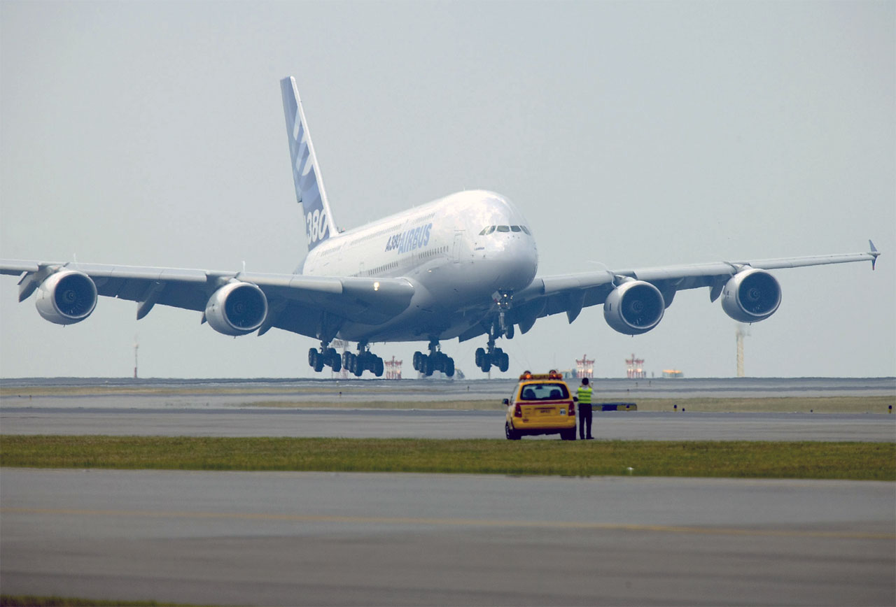 Airbus Commits To Offer Higher Weight A380 Aircraft By