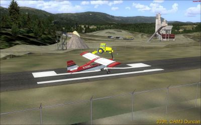 Screenshot of plane on runway at Duncan Scenery.