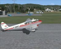 Screenshot of SGAA DeHavilland DH-89 Dragon on runway.