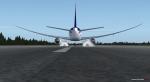 Boeing 787 Dreamliner landing