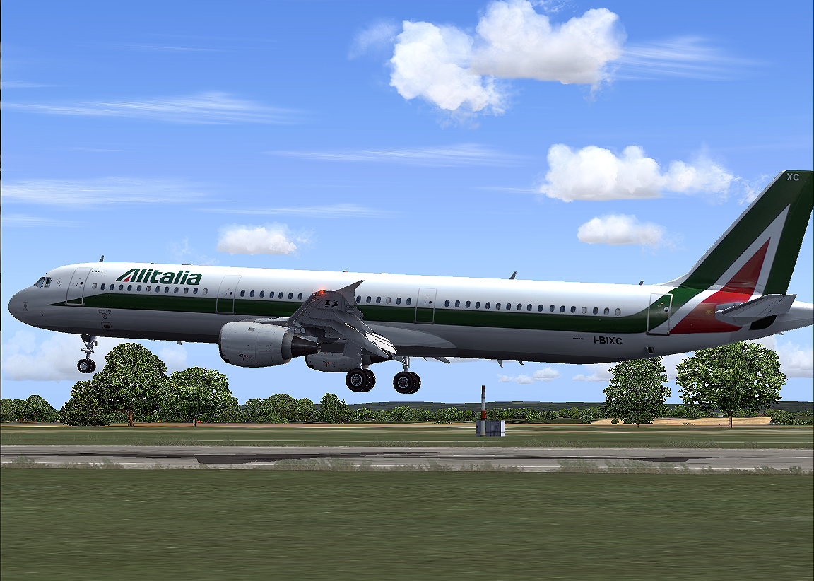 Alitalia 321. From the FS2004 Screenshots gallery.