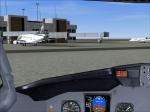 737 Approaching Gate