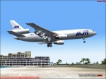 AOM DC-10 landing